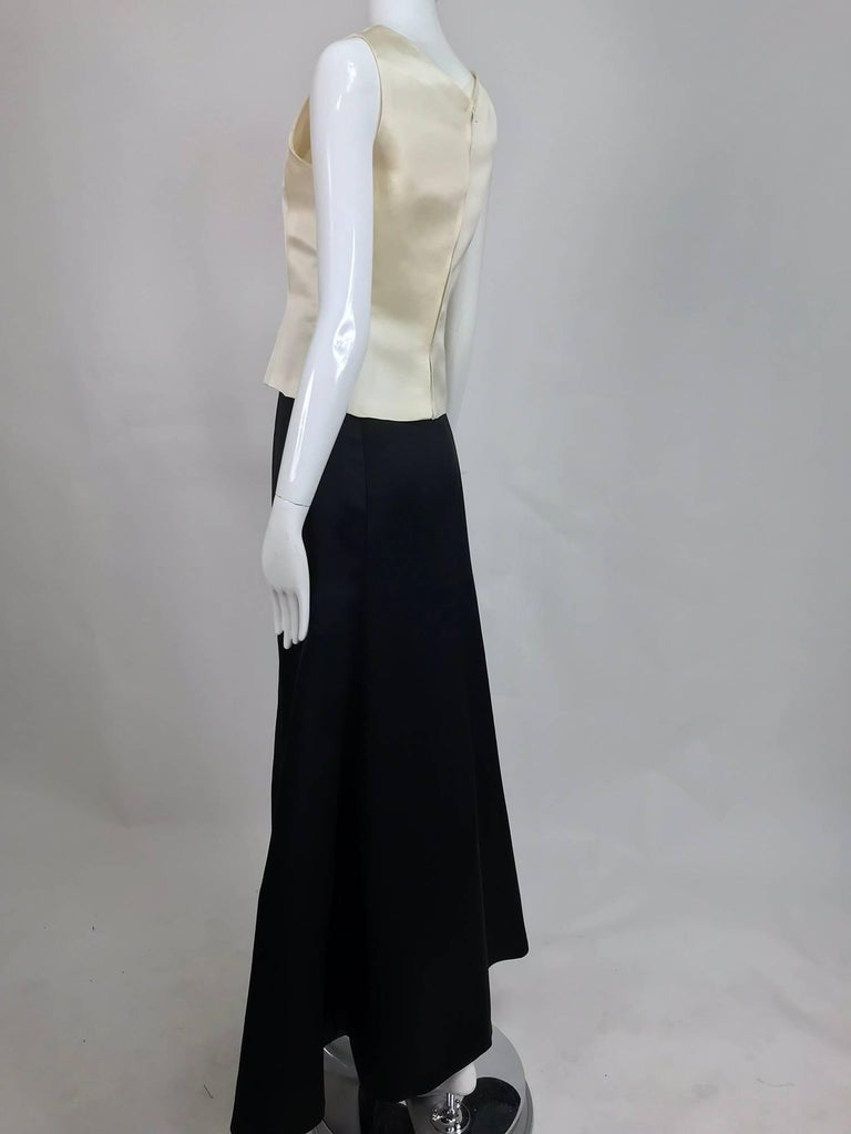 Vintage Bill Blass evening top and skirt set in cream and black silk satin 1980s For Sale 1
