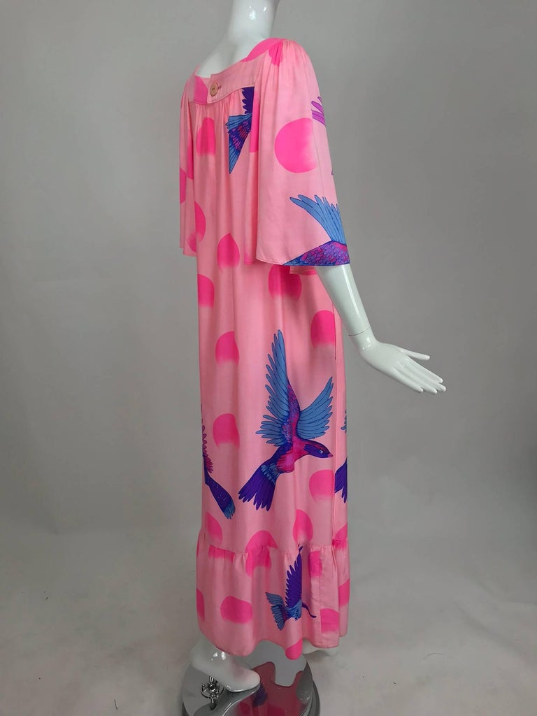 Vintage Hanae Mori blue birds on pink caftan 1970s 4