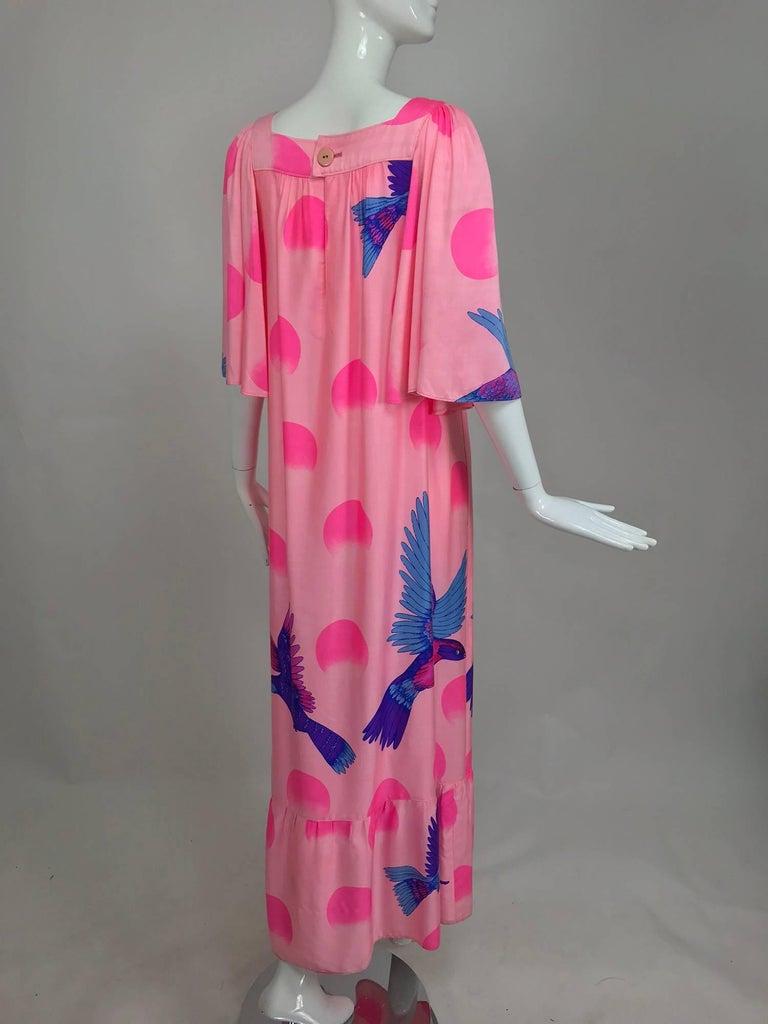 Vintage Hanae Mori blue birds on pink caftan 1970s 5