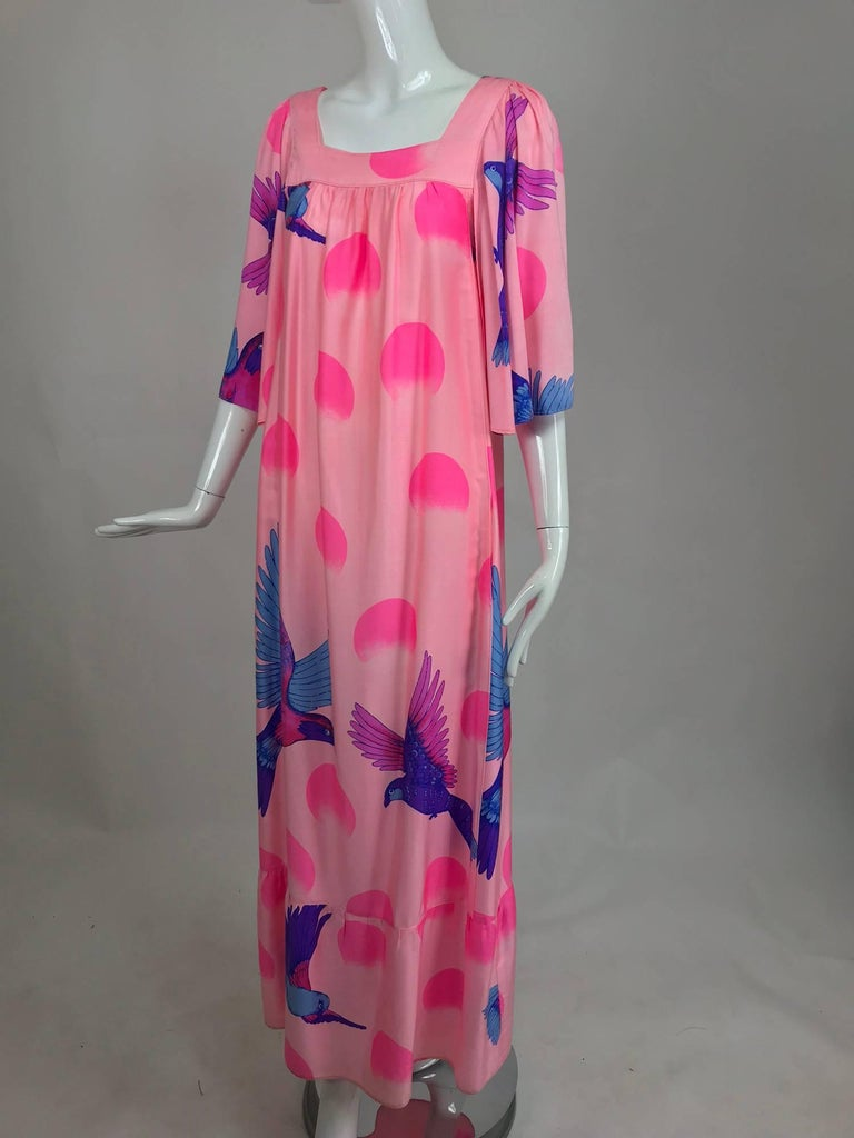 Vintage Hanae Mori blue birds on pink caftan 1970s 9