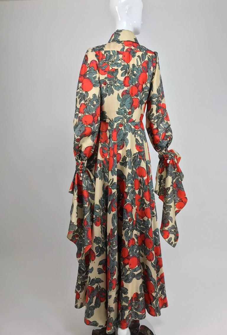 Women's John Bates iconic apple print dress for Jean Varon  1970s For Sale
