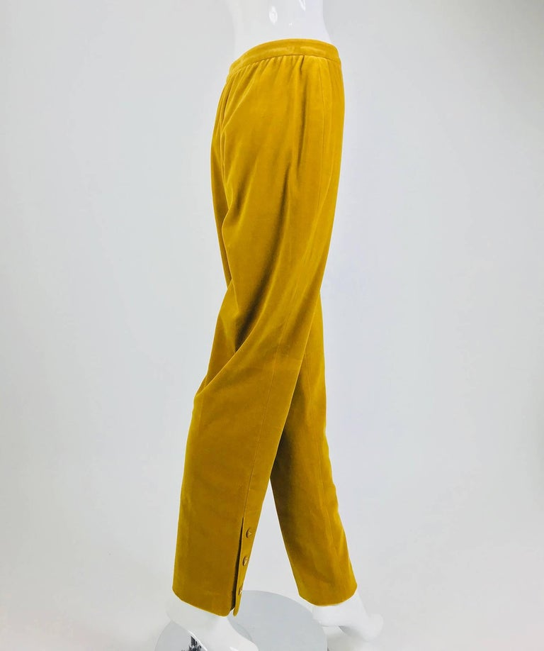 Yellow Chanel golden yellow velvet trousers with ankle buttons 1990s For Sale