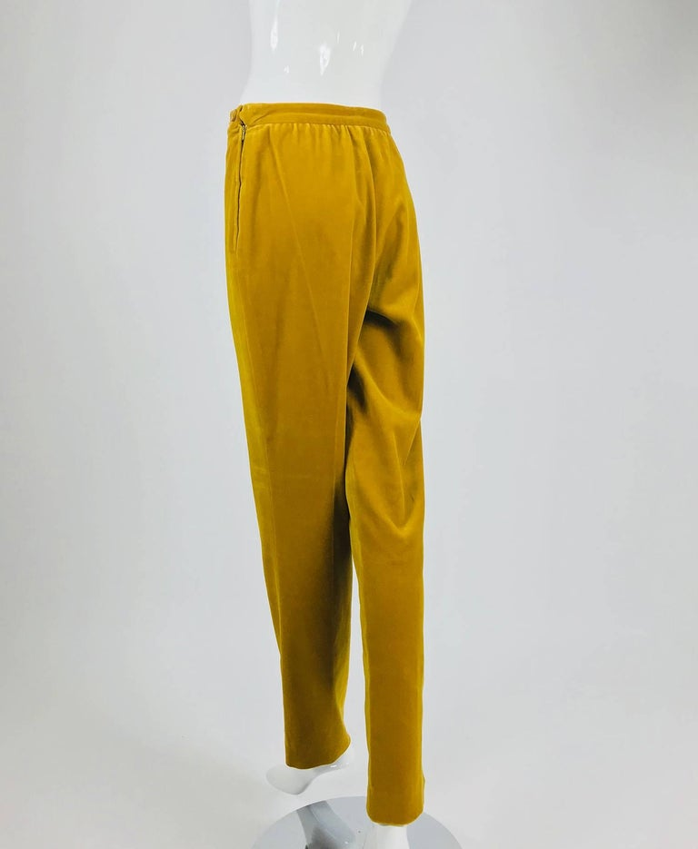Women's Chanel golden yellow velvet trousers with ankle buttons 1990s For Sale