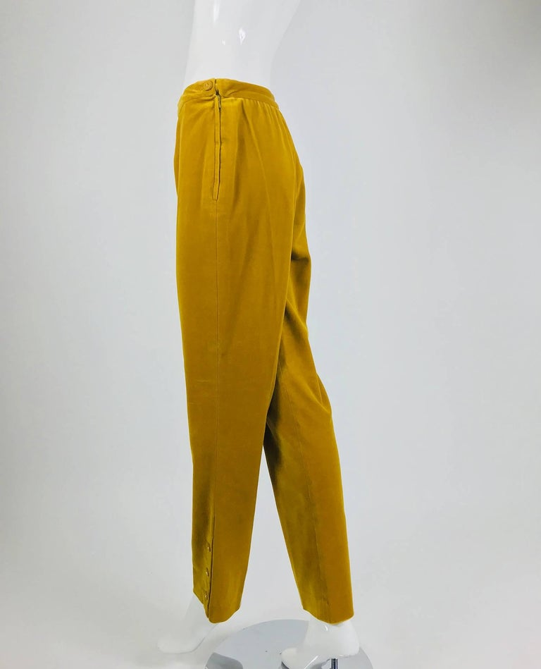 Chanel golden yellow velvet trousers with ankle buttons 1990s For Sale 1