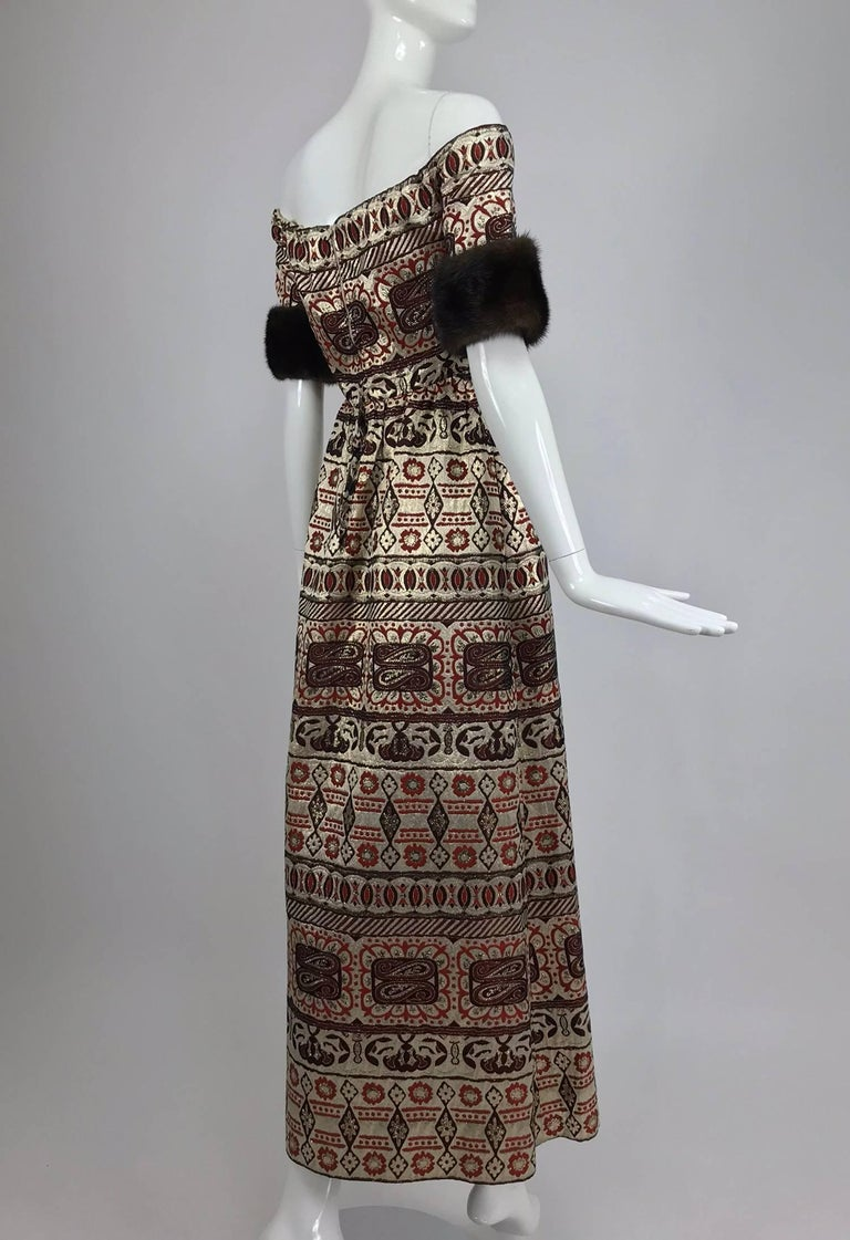 Black Vitnage Oscar de la Renta metallic brocade and mink trim evening dress 1970s For Sale