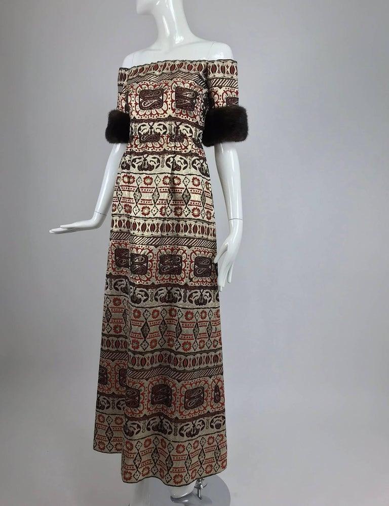 Vitnage Oscar de la Renta metallic brocade and mink trim evening dress 1970s For Sale 1