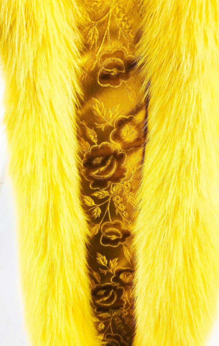 Women's or Men's Saffron yellow fox fur stole with tails 1980s For Sale