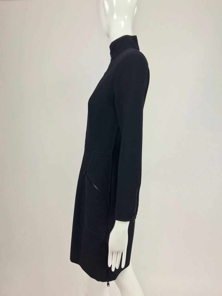 Valentino Vintage fitted black wool twill big zipper dress 1990s  For Sale 1