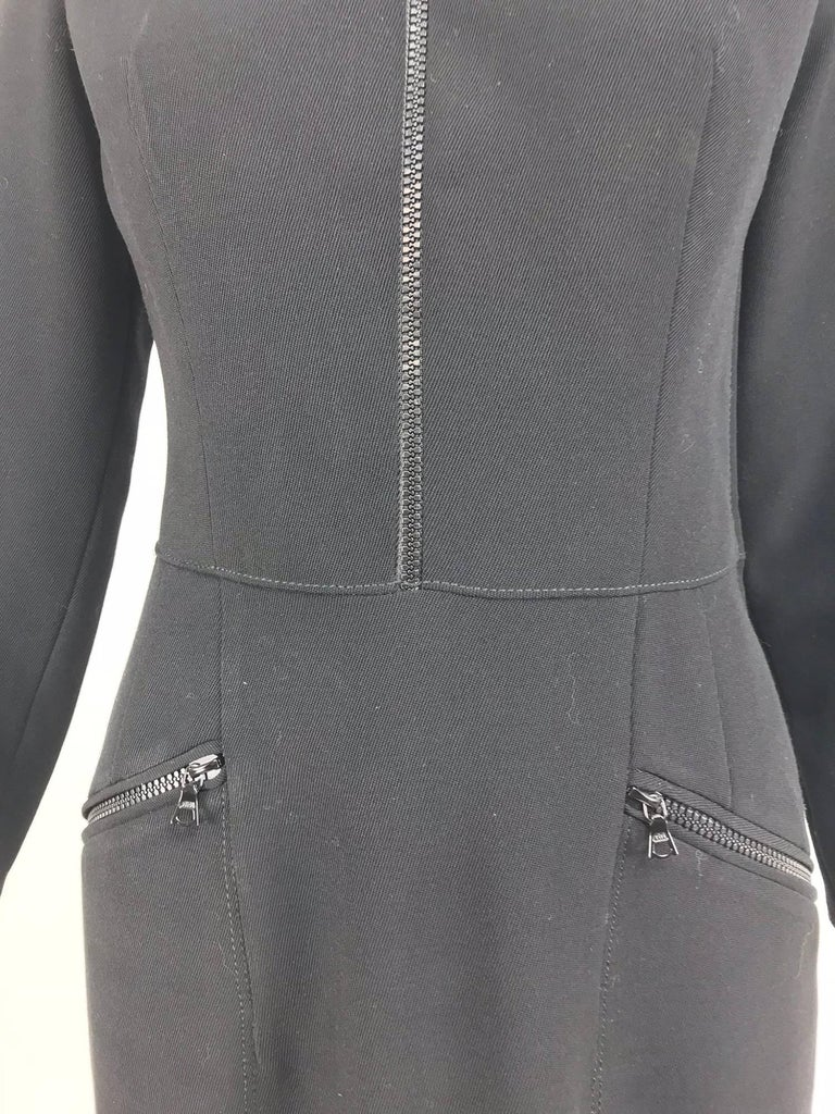 Valentino Vintage fitted black wool twill big zipper dress 1990s  For Sale 2