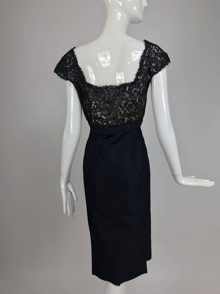 Vintage 1950s black silk and Guipure lace cocktail dress larger size For Sale 1