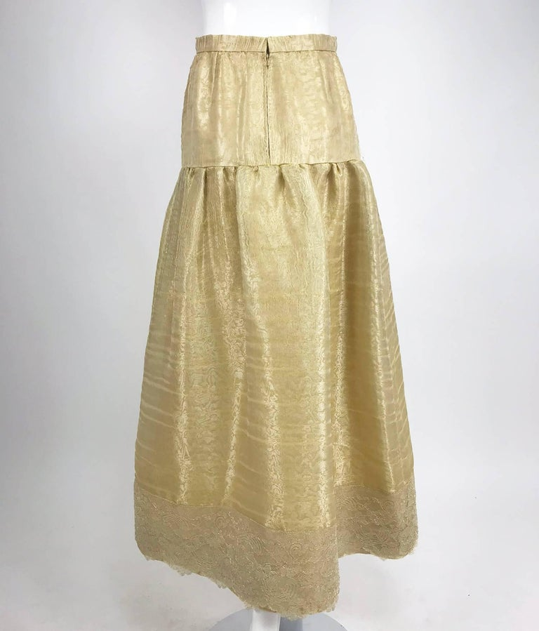Emanuel Ungaro Studio Couture gold spun silk organza evening skirt In Excellent Condition For Sale In West Palm Beach, FL