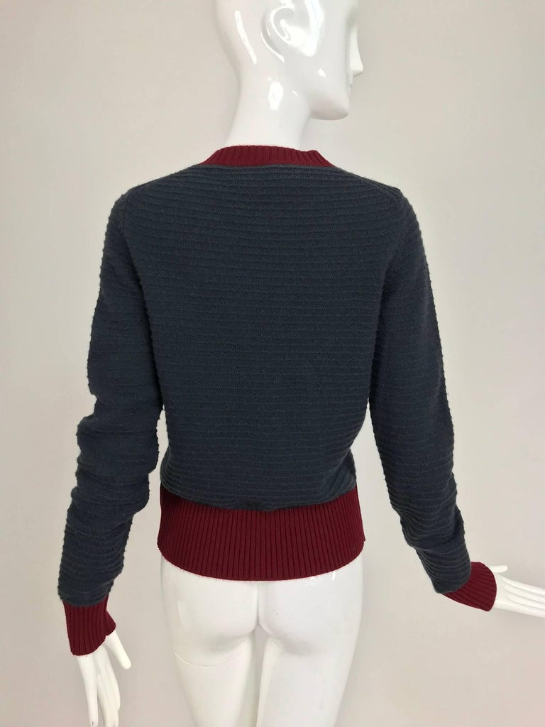 Chanel grey and wine cashmere cardigan sweater In Excellent Condition For Sale In West Palm Beach, FL