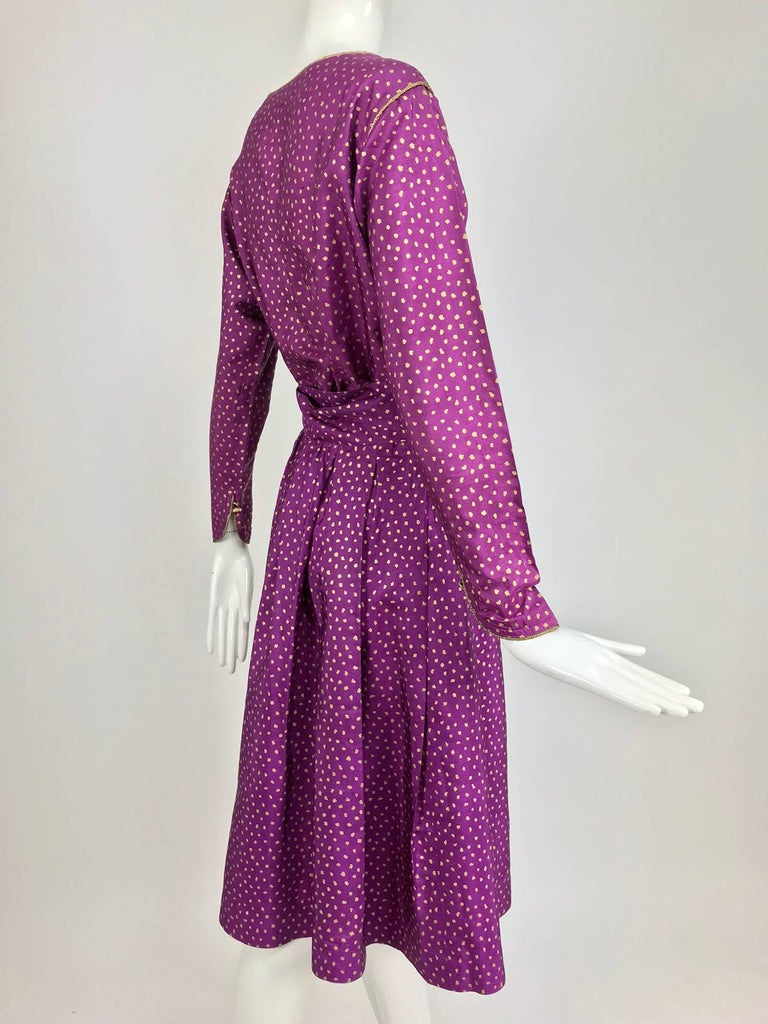 Yves Saint Laurent fuchsia and gold silk print skirt set 1970s In Excellent Condition For Sale In West Palm Beach, FL