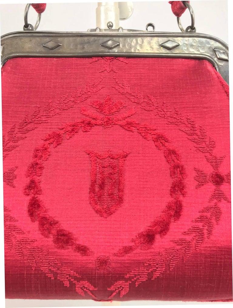 Women's Roberta di Camerino red silk cut velvet metal frame handbag  For Sale