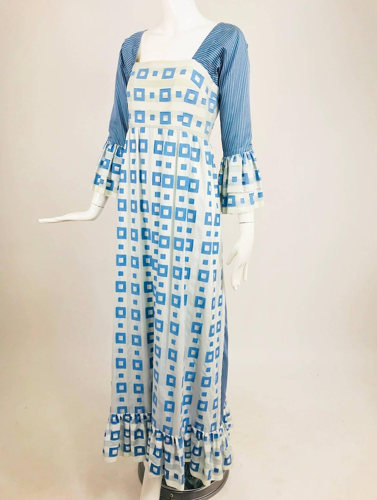 Tina Leser Original blue and white cotton maxi dress from the 1960s. I love that Tina Leser combined prints in this casual dress, perfect for summer evenings. Blue and white stripes and blocks of blue work well here, the perfect at home dress for
