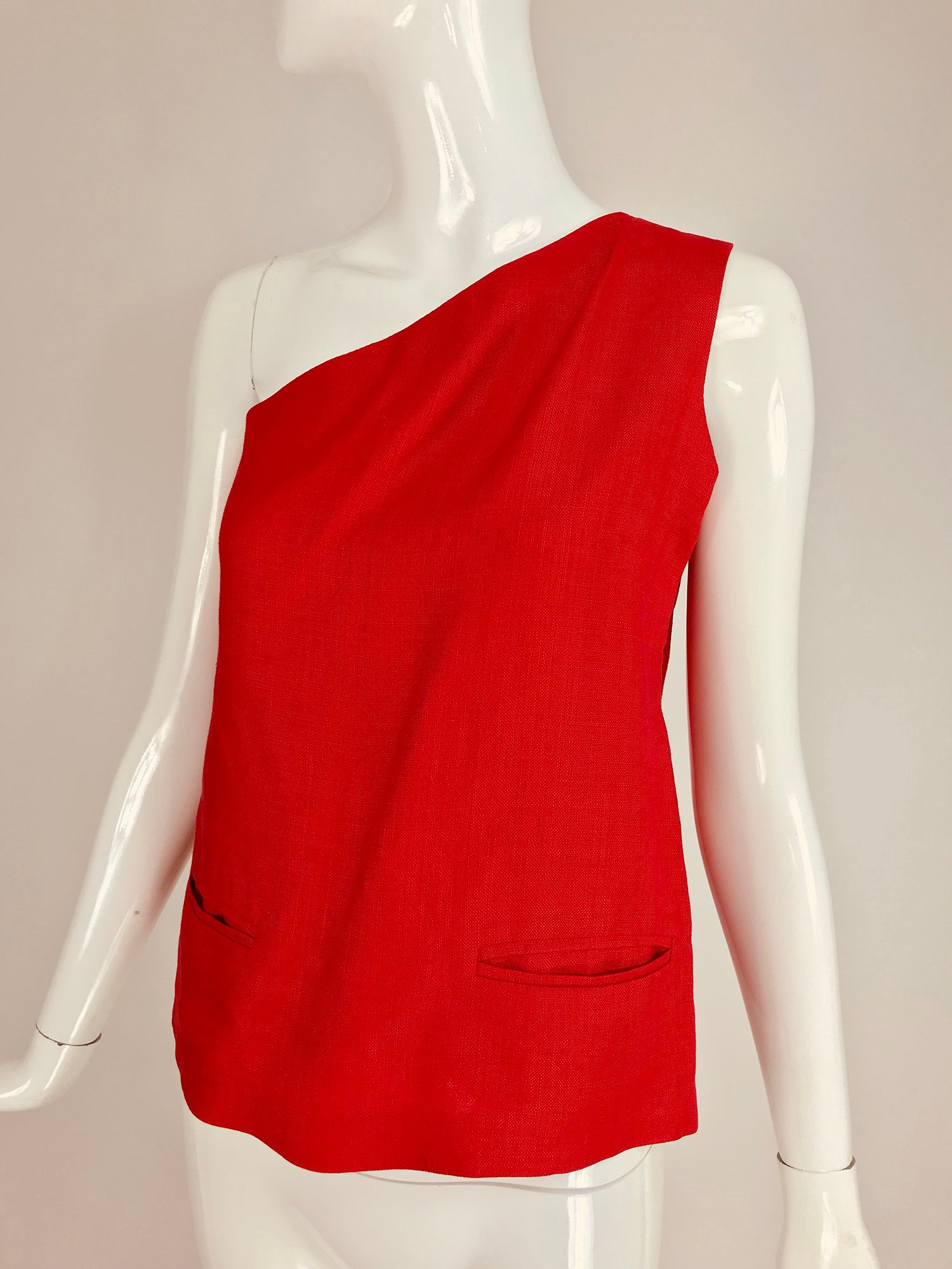 d3c55dad6fa Bill Blass red linen one shoulder top 1970s For Sale at 1stdibs