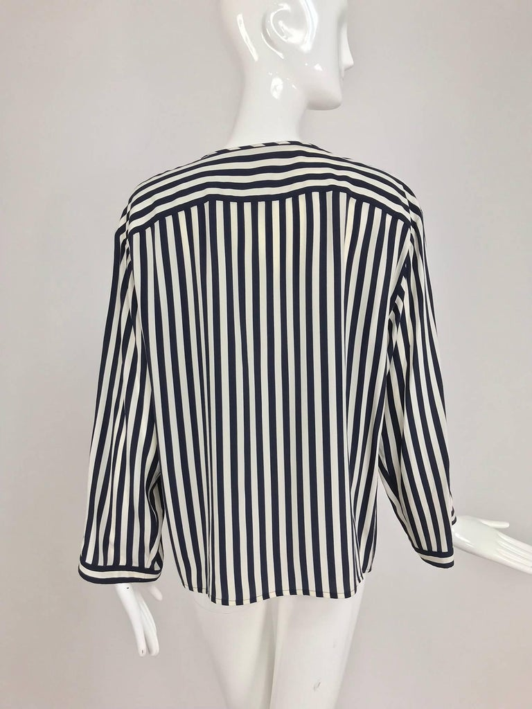 Valentino Navy blue and white stripe silk blouse For Sale 2