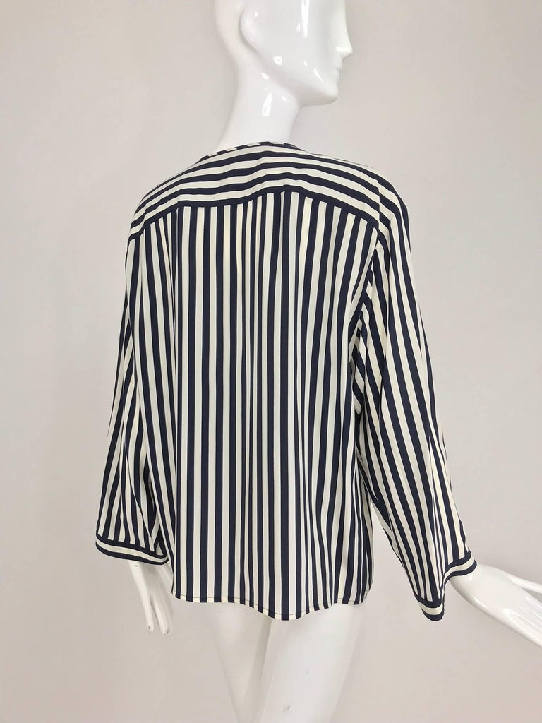 Valentino Navy blue and white stripe silk blouse For Sale 3