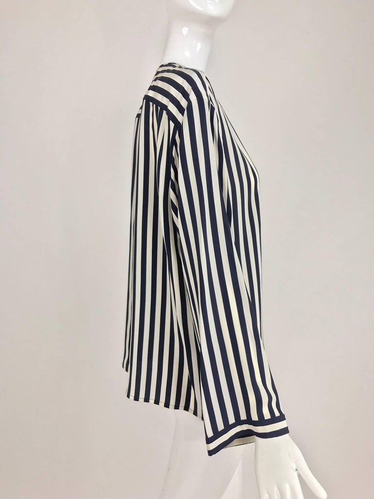 Valentino Navy blue and white stripe silk blouse For Sale 5