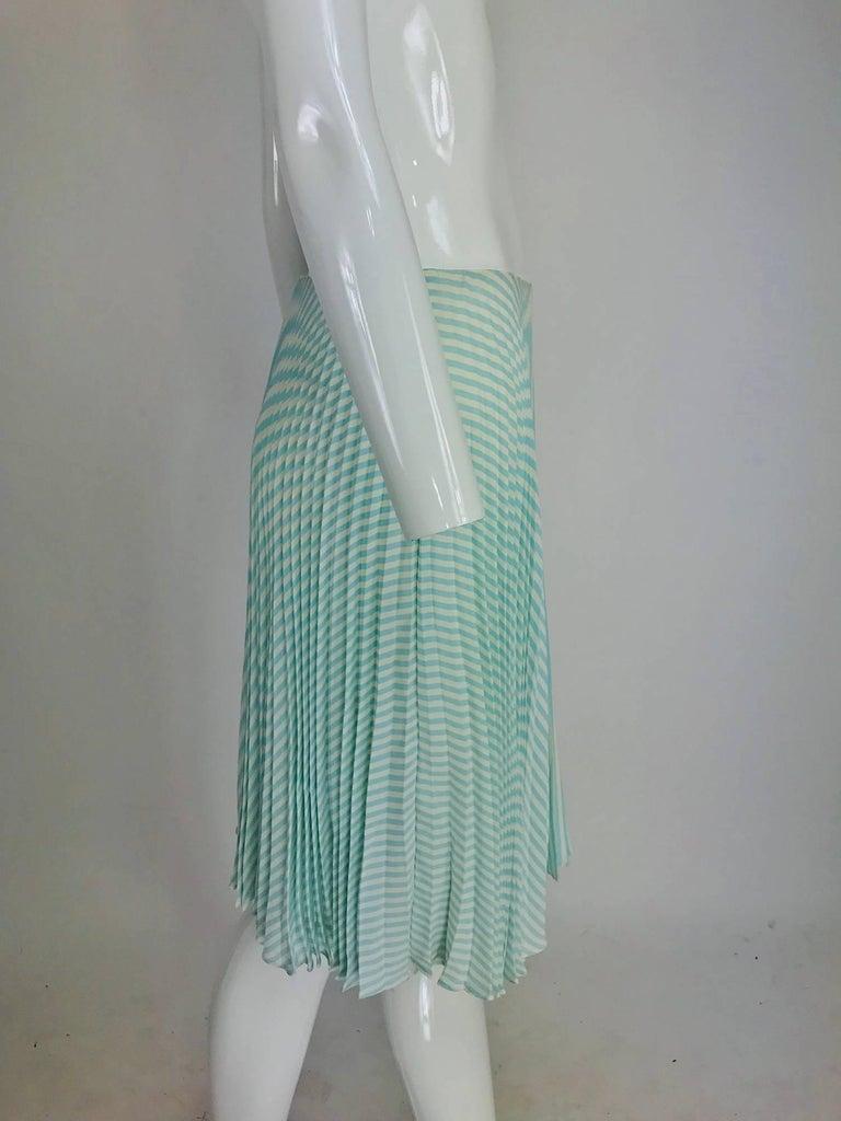 Blue Oscar de la Renta aqua and white knife pleated silk crepe skirt For Sale
