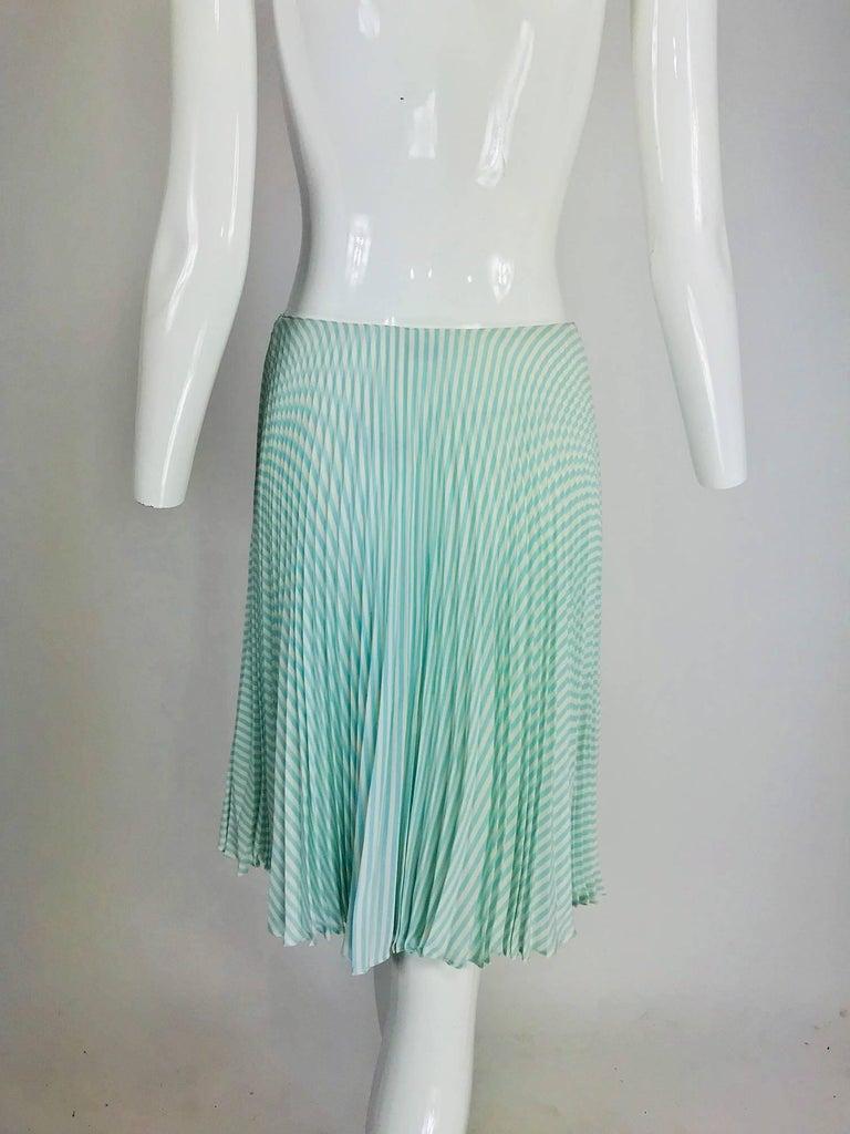 Oscar de la Renta aqua and white knife pleated silk crepe skirt For Sale 1