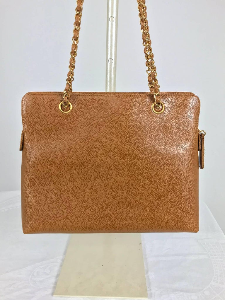 Chanel caramel pebble leather chain strap shoulder bag unused In New Never_worn Condition For Sale In West Palm Beach, FL