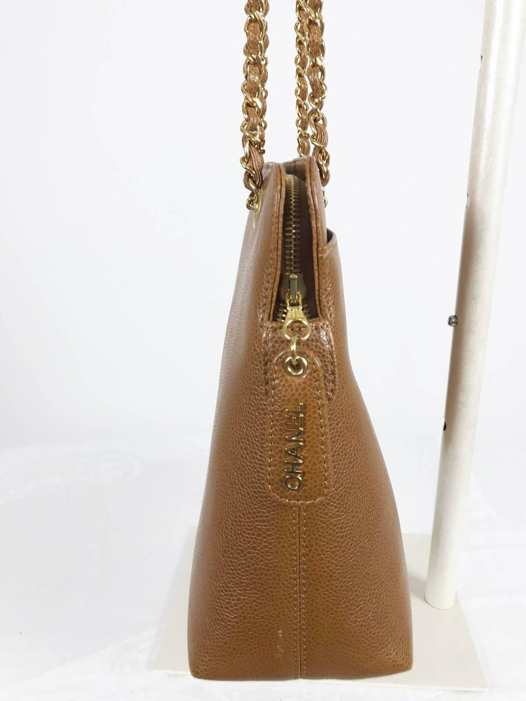 Chanel caramel pebble leather chain strap shoulder bag unused For Sale 1