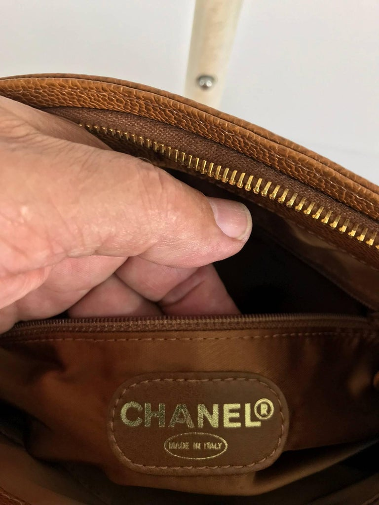 Chanel caramel pebble leather chain strap shoulder bag unused For Sale 5
