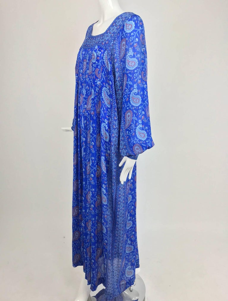 Raksha of Hindip London ink blue silk paisley  print bohemian dress 1970s unworn In New Never_worn Condition For Sale In West Palm Beach, FL