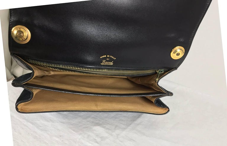 Gucci black suede and leather Blondie shoulder bag with gold hardware, 1970s  For Sale 3