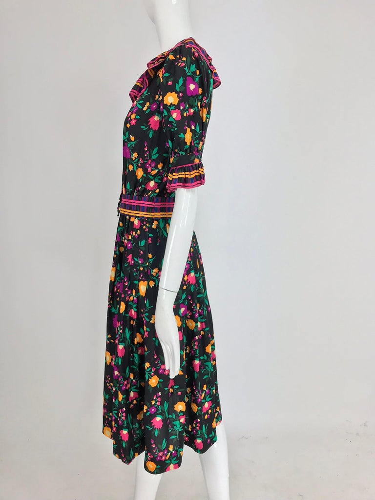 Yves Saint Laurent Rive Gauche floral silk mix print dress 1970s In Excellent Condition For Sale In West Palm Beach, FL