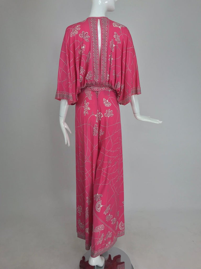 Emilio Pucci silk jersey plunge top and palazzo trousers, 1970s In Excellent Condition For Sale In West Palm Beach, FL