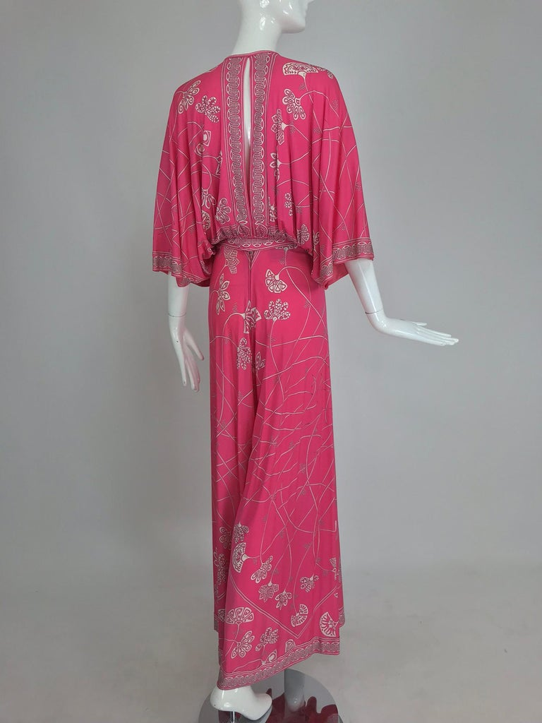 Women's Emilio Pucci silk jersey plunge top and palazzo trousers, 1970s For Sale