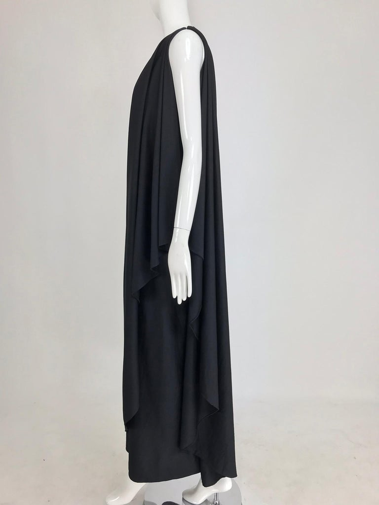 Halston one shoulder black jersey draped maxi dress  In Excellent Condition For Sale In West Palm Beach, FL