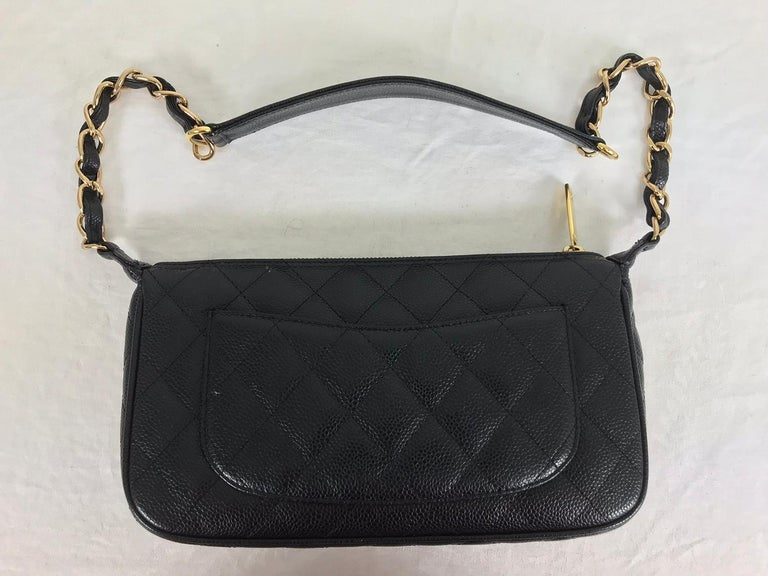 Chanel black caviar leather shoulder bag 2004 For Sale 2