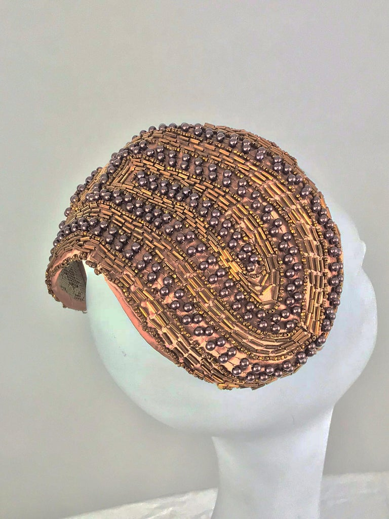 Designed by Lora copper beaded cocktail hat 1950s In Excellent Condition For Sale In West Palm Beach, FL