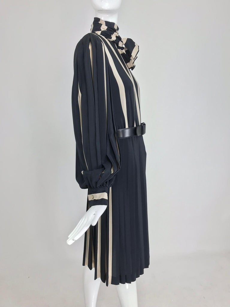 Black Bill Blass pleated silk black and tan stripe dress 1970s For Sale
