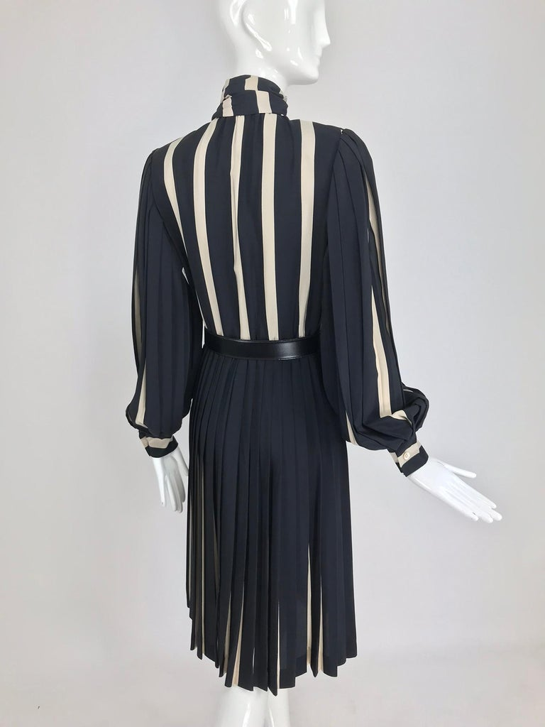 Bill Blass pleated silk black and tan stripe dress 1970s For Sale 1