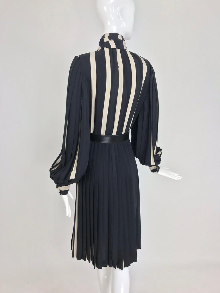 Bill Blass pleated silk black and tan stripe dress 1970s For Sale 4