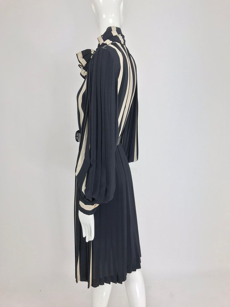 Bill Blass pleated silk black and tan stripe dress 1970s For Sale 5