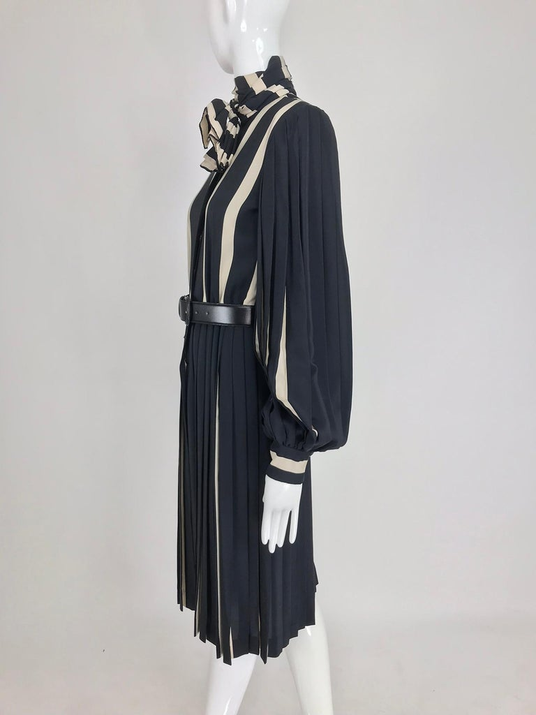 Bill Blass pleated silk black and tan stripe dress 1970s For Sale 6