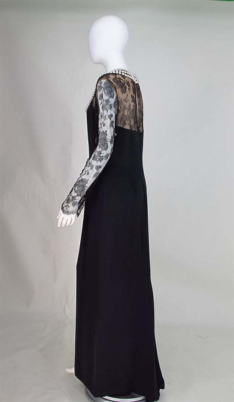 Bill Blass black lace and silk chiffon gown with pearl applique necklace 1970s For Sale 1