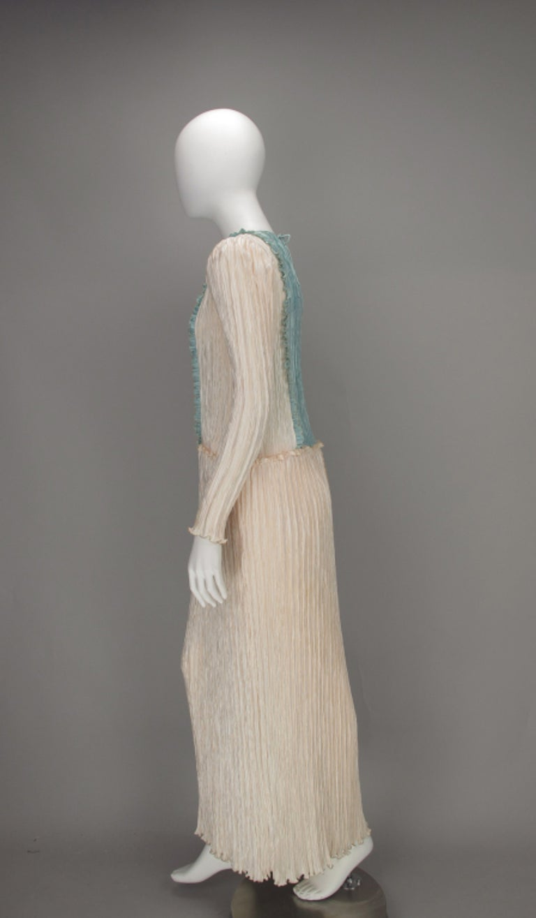 Gray Mary McFadden Pleated Fourtuny Style Colour Block Gown 1980s For Sale