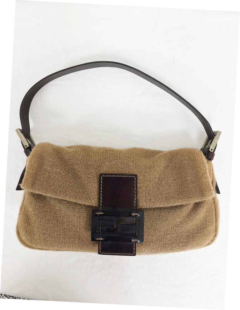e918739bd78f Fendi Camel Knit Cashmere and Leather Baguette 1997 For Sale at 1stdibs