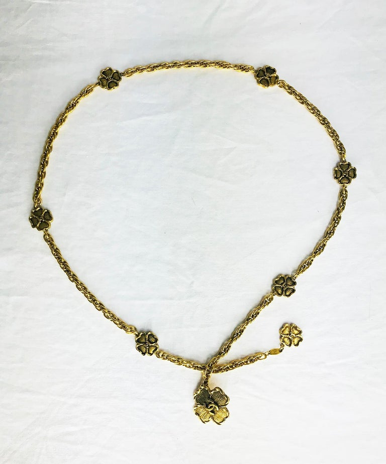 Gold Chanel Eight Four Leaf Clover gold chain belt necklace 1988 For Sale