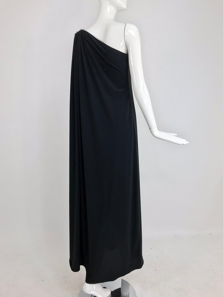 Adele Simpson black jersey one shoulder gown with jewel clasp For Sale 2