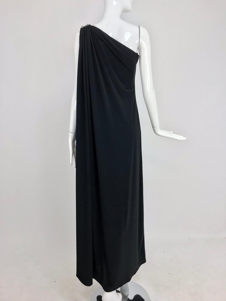 Adele Simpson black jersey one shoulder gown with jewel clasp For Sale 3