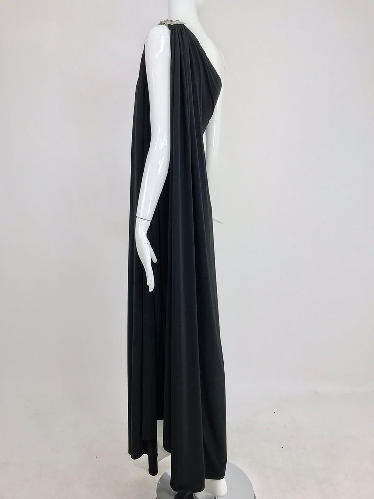 Adele Simpson black jersey one shoulder gown with jewel clasp For Sale 5