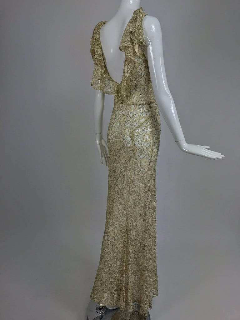 1930s Mixed Gold Metallic and Cream Lace Evening Dress In Good Condition For Sale In West Palm Beach, FL