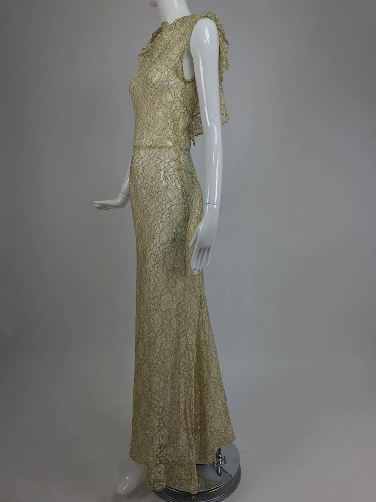 1930s Mixed Gold Metallic and Cream Lace Evening Dress For Sale 3